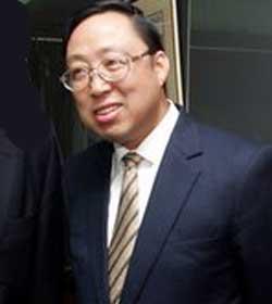 耿惠昌的父母; 耿惠昌是耿飚的儿子; 耿惠昌