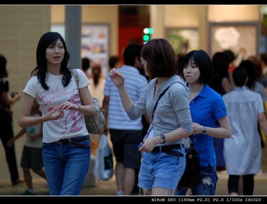 日本色色_扫街:行行色色的日本人