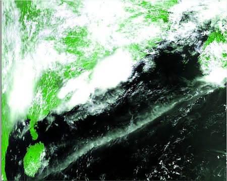 01星的第一幅卫星云图.-中国新一代极轨气象卫星风云三号A星在轨图片