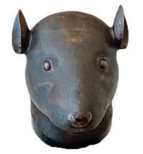 追讨圆明园鼠首兔首铜像