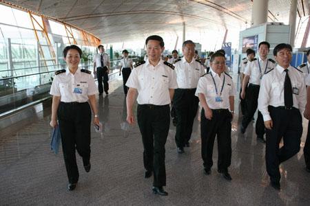 海关总署赴首都机场检查甲型H1N1流感防控情况