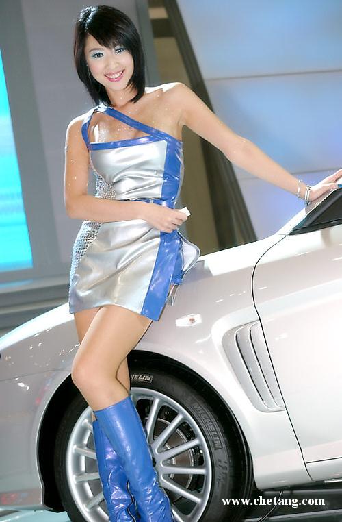 妩媚S型曲线 日本性感极品车模