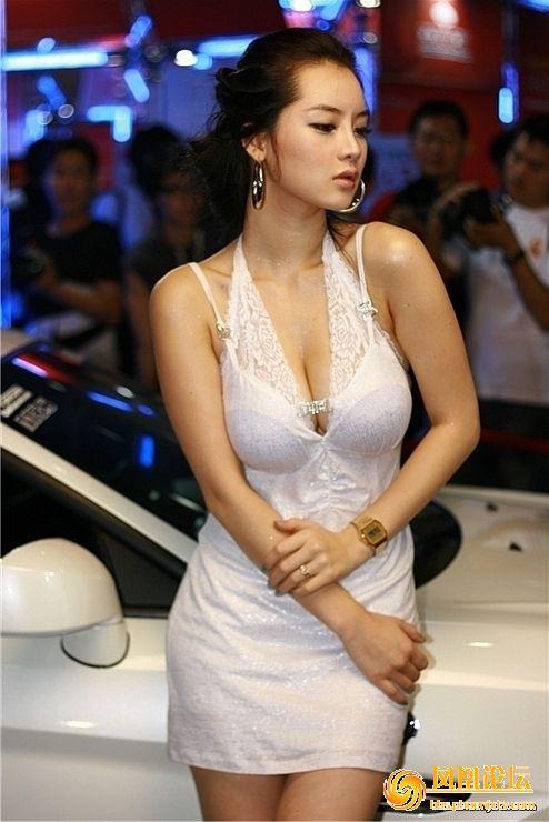 美女 林智慧/模特道路一帆风顺的林智慧,片约也源源不断,2006年与金来沅和...