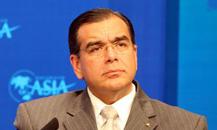 世界银行常务副行长胡安-何塞-达布