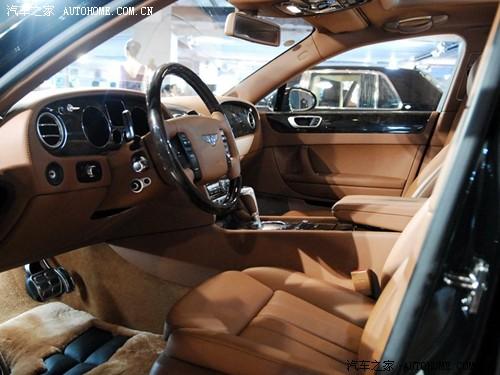 欧陆飞驰的内饰设计灵感主要源自早期的宾利轿车,大量的实木高清图片