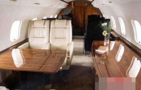 赵本山邀nba球星坐私人飞机
