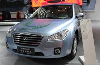 奔腾B50EV纯电动轿车