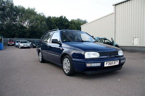 汽车滚动新闻 正文       1993年,大众为第三代高尔夫推出了旅行版