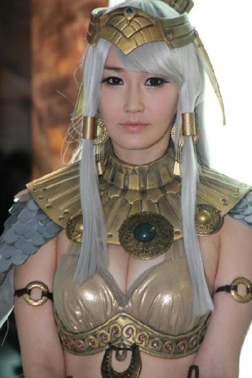 日本记者Gstar窥色:韩国长腿美女迷人眼 科技频