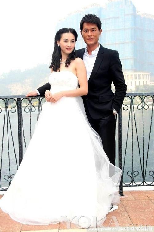 谢霆锋张柏芝婚纱_张柏芝谢霆锋婚纱照完美版 2