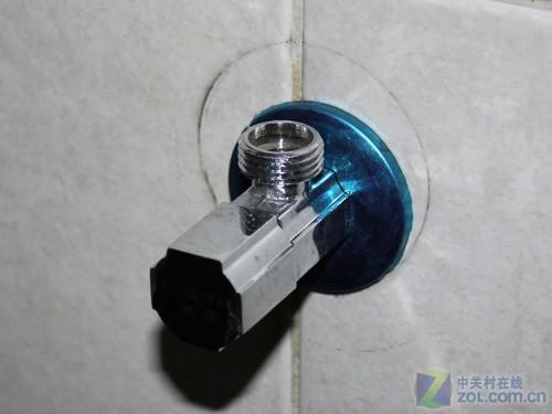 关掉水阀后安装水龙头