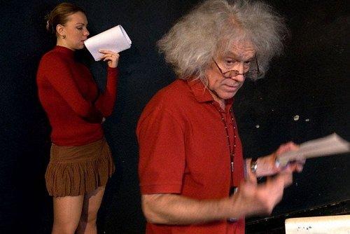 俄罗斯美女艺术生们的入学考试