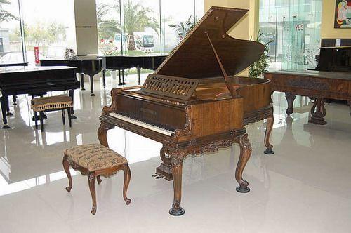 中国首届钢琴提琴精品专场拍卖会将举行图片