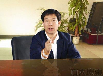 2010股市赚钱富豪榜 梁稳根财富飞涨200亿