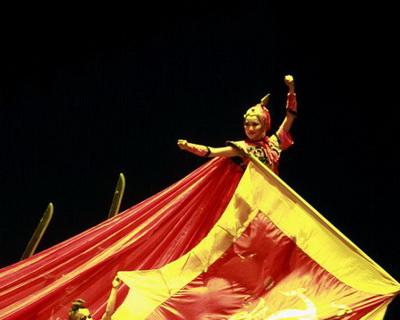 中国杂技剧《花木兰》在墨尔本艺术中心举行开幕首演