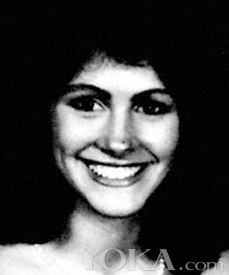 她是好莱坞最著名的大嘴美女