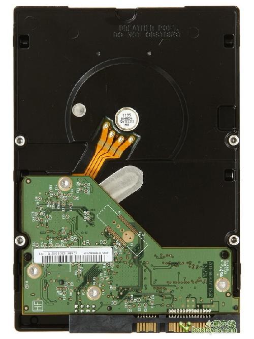 127387871 - 别惹小三:主流3TB容量硬盘横向测试
