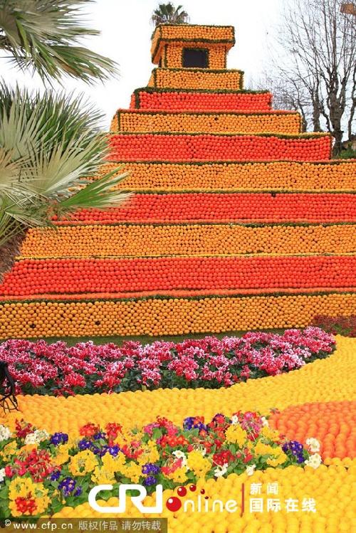 """水果""""金字塔""""亮相法国芒顿柠檬节(高清组图)"""