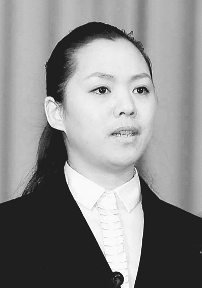 云南省保山市電視臺記者 藍 天