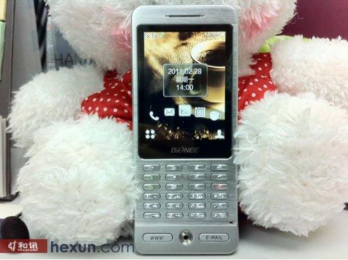 手机/金立A800手机/屏幕与声音...