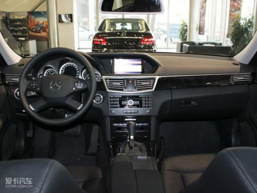 奔驰2012款C63 AMG Coupe发布 7月上市