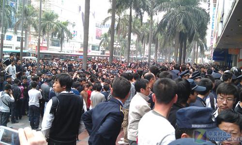 深圳华强北不同寻常的一天 25日报价单