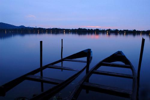 湖水蓝色科技背景素材