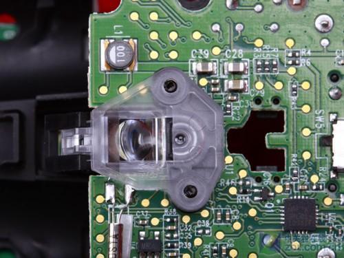 将罗技m515鼠标主电路板翻转