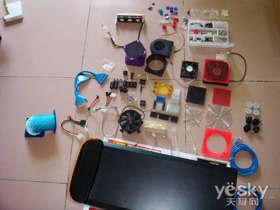 光驱位散热风扇,emi防辐射磁环,蓝牙适配器,nokia 座式充电器,nokia
