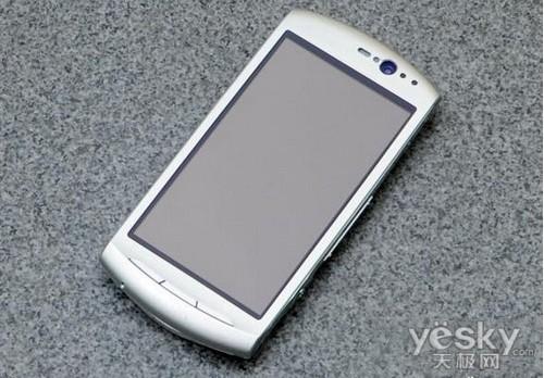 图为:索尼爱立信 MT15i 手机-新款2.3智能机 索尼爱立信MT15i售价