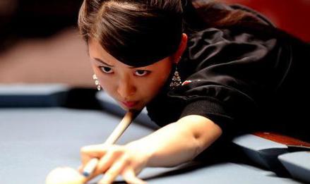风靡球场:最惊艳的桌球美女