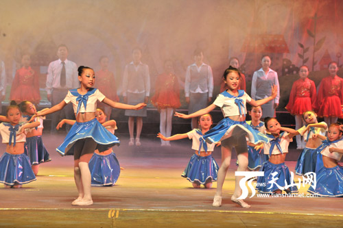 新疆庆祝六一国际儿童节专场文艺演出举行