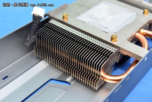 电路板 散热器 500_336