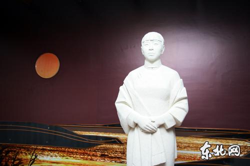 萧红塑像 东北网记者 孙晓锐