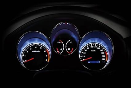 普力马2012款在安全性能上更加出色.在主动安全方面,普力高清图片