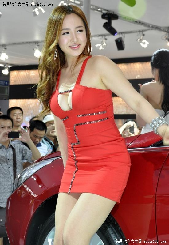 韩国短发可爱车模