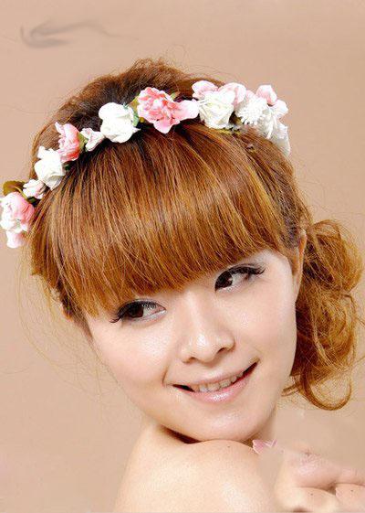 蜜粉色系新娘头饰