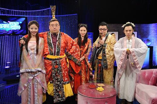 环球小姐张萌参加甘肃卫视节目录制