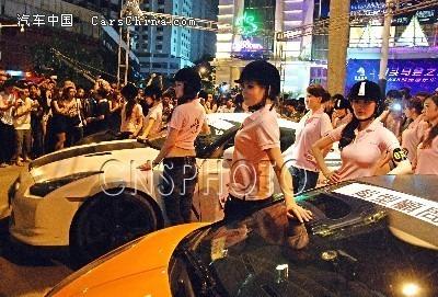 香港的跑车俱乐部经常会到内地进行展览巡游