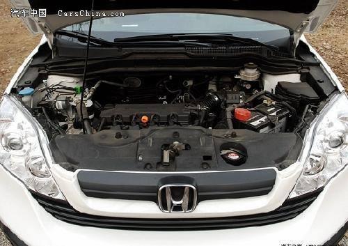 0升发动机,采用了双顶置凸轮轴i-vtec系统,最大功率110千瓦/6500转.
