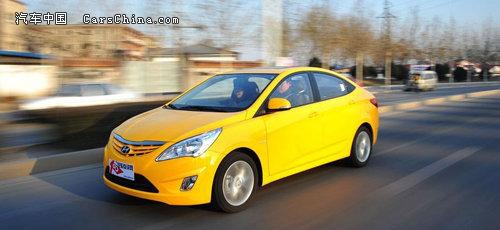 曝光十万左右高性价比韩系车 新现代瑞纳导购高清图片