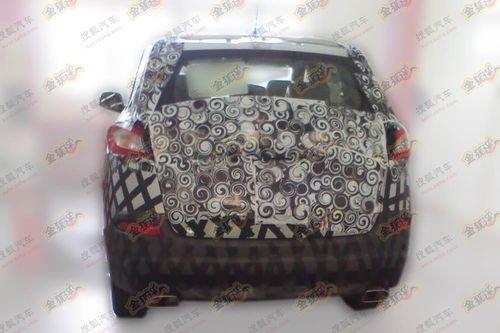 奇瑞新SUV车型T21谍照-将于明年上市 奇瑞新SUV T21内饰首曝高清图片