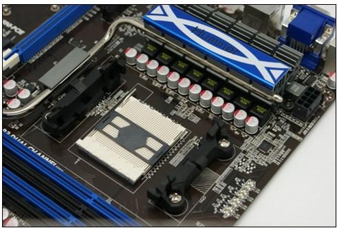 ha16采用悍马系列经典的ha16主板采用黑色atx板型搭