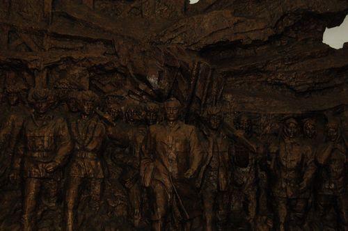 _展馆内雕塑