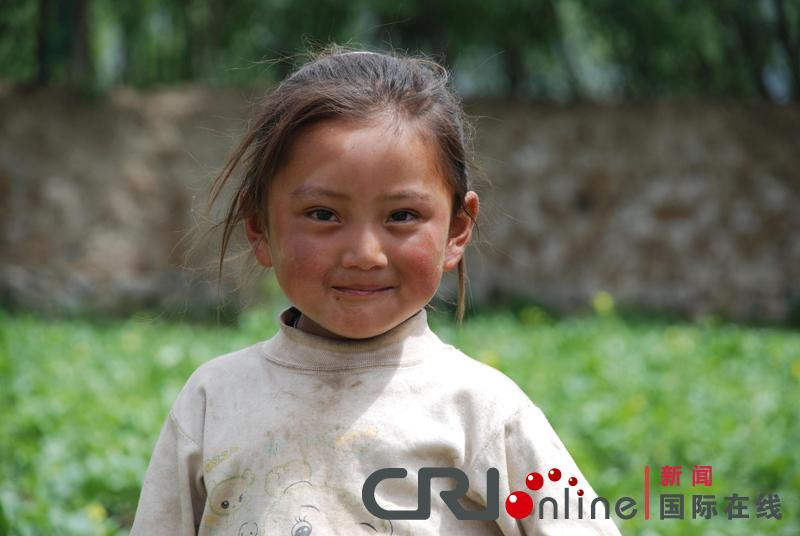漂亮的藏族小姑娘