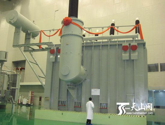 1700千伏特高压变压器在特变电工下线