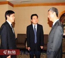 张炳南先生与嘉宾做交流