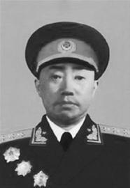 彭绍辉肖华