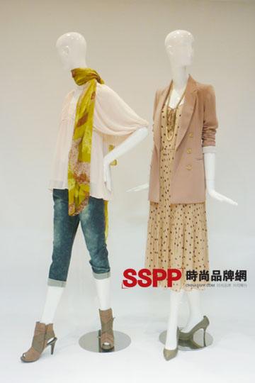 2011夏季流行女装搭配 韩国女装品牌VIKI2011夏季女装搭配