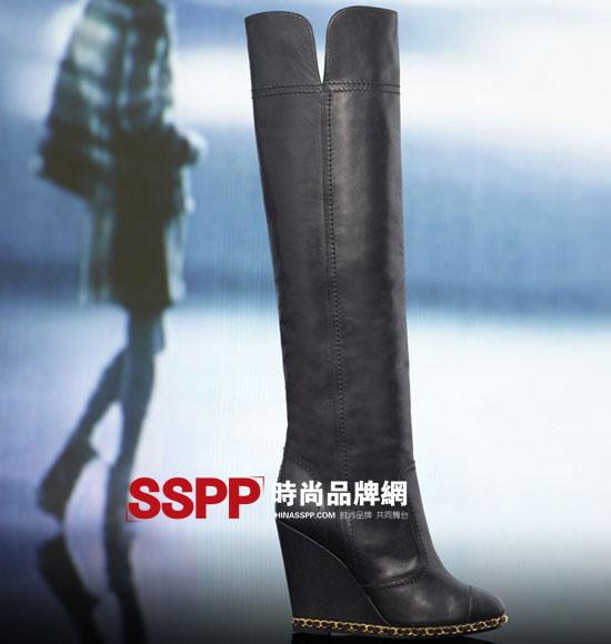 011秋冬女鞋流行趋势 雪地靴 短靴 马丁靴 军靴